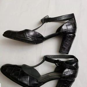 VIA SPIGA ITALY Women's Size 6 M Black Mary Jane